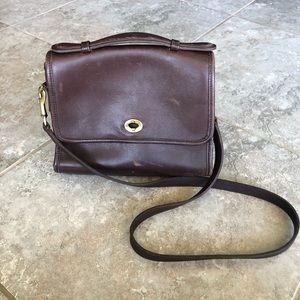 Vintage COACH court bag *missing hardware*